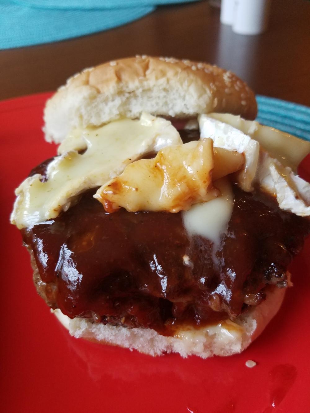 BBQ Brie Burger