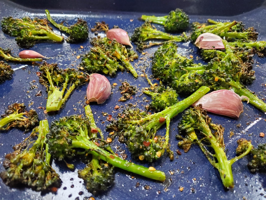 roasted broccoli rabe with garlic and red pepper flakes